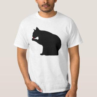 子猫を舐めること Tシャツ