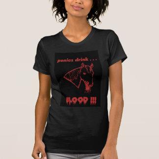 子馬の飲み物の血! Tシャツ