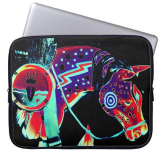 """""""子馬""""のデザインのラップトップスリーブは絵を描きました ラップトップスリーブ"""