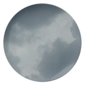 孤独な灰色の空 プレート
