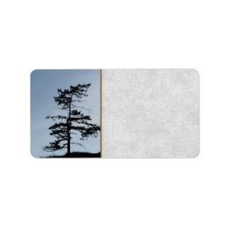 孤独な生存者の木 ラベル