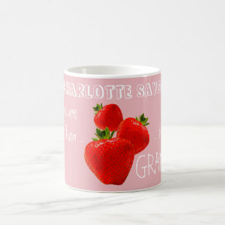 孫の名前の祖母のためのいちご、 コーヒーマグカップ