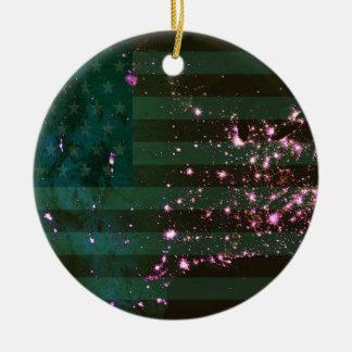 宇宙および旗からの米国のライト セラミックオーナメント