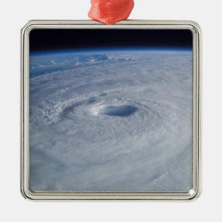 宇宙からのハリケーンイザベル メタルオーナメント
