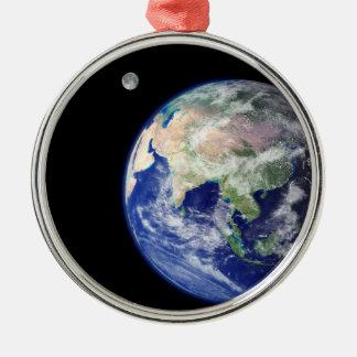 宇宙からの地球そして月 メタルオーナメント