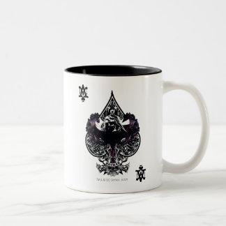 宇宙のゴシック様式頂上のバットマンのエース ツートーンマグカップ