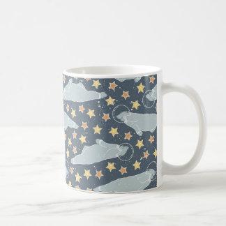 宇宙の北極動物 コーヒーマグカップ