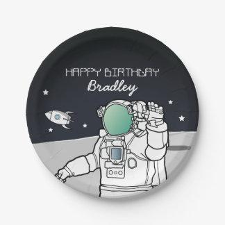 宇宙の宇宙飛行士のロケットの誕生会 ペーパープレート