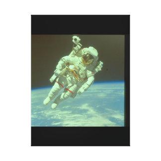 宇宙の宇宙飛行士。 (astronaut_Space キャンバスプリント