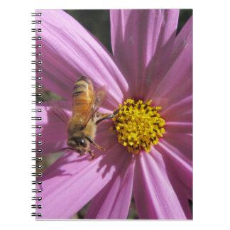 宇宙の蜜蜂 ノートブック