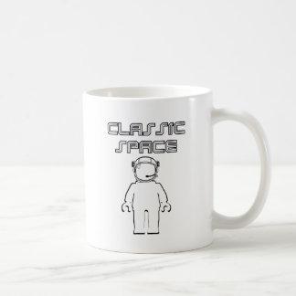 宇宙のBanksyのクラシックなスタイルMinifig コーヒーマグカップ