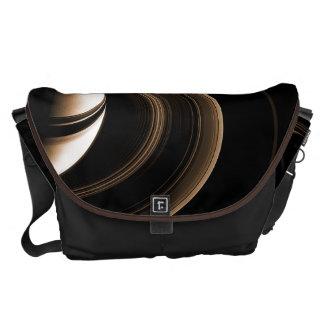 宇宙は土星を袋に入れます メッセンジャーバッグ
