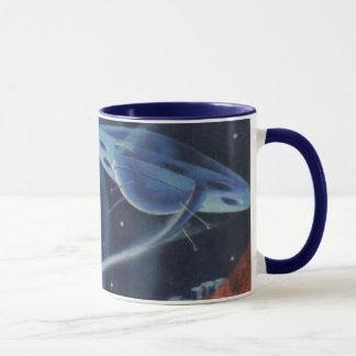 宇宙船が付いているヴィンテージの空想科学小説の青い惑星 マグカップ
