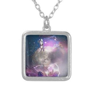 宇宙飛行士の乗馬によってすごい新星 シルバープレートネックレス