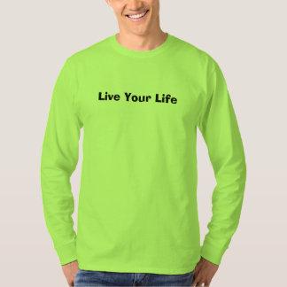 安全緑メンズTシャツはあなたの生命住んでいます Tシャツ
