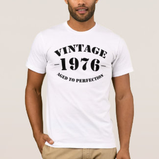 完全さに老化するヴィンテージ1976の誕生日 Tシャツ