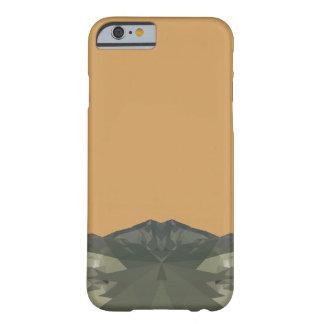 完全で幾何学的な山 BARELY THERE iPhone 6 ケース