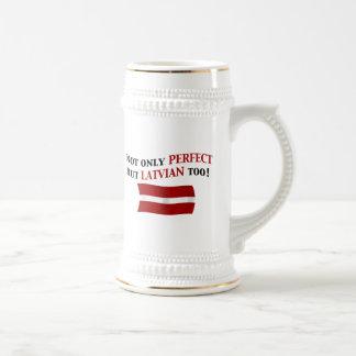 完全なラトビア語 ビールジョッキ