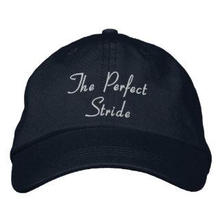 完全な大またの野球帽-白い文字 刺繍入りキャップ