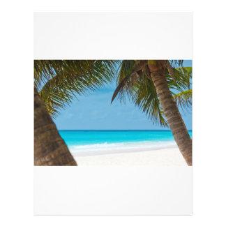 完全な熱帯楽園のビーチ チラシ