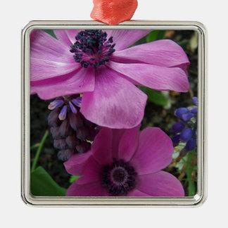 完全にピンクのアネモネの花 メタルオーナメント