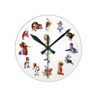 完全に不思議の国のアリスのまわりで ラウンド壁時計