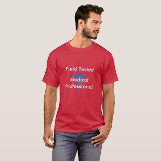 実地試験済みの医学のプロフェッショナル Tシャツ