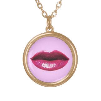 実質の唇 ゴールドプレートネックレス