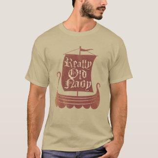実際に古い海軍スカンジナビア人のTシャツ Tシャツ
