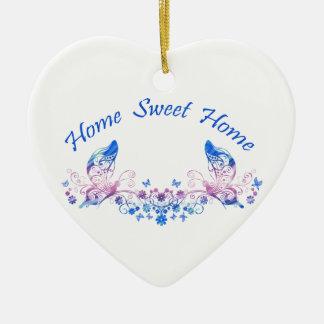 家の甘い家の蝶デザイン 陶器製ハート型オーナメント