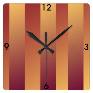 家の生活のためのラズベリー及びモモのストライプな時計 スクエア壁時計