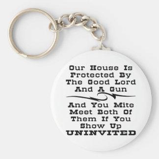 家はよい主およびで保護されます キーホルダー