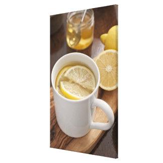 家は風邪およびインフルエンザの治療をしました; レモンおよび蜂蜜 キャンバスプリント