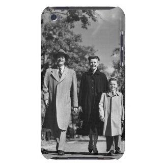 家族の歩く Case-Mate iPod TOUCH ケース