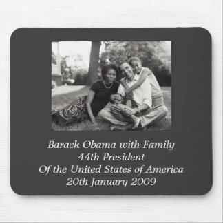 家族を持つバラック・オバマ大統領 マウスパッド