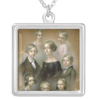 家族 シルバープレートネックレス