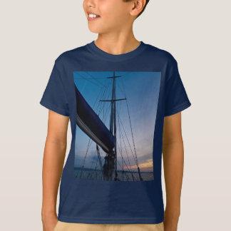 家路に向かうTシャツ Tシャツ