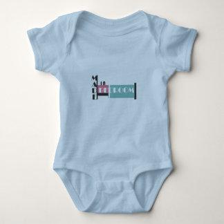 寝室の新生児のためのおもしろいなベビーのクリーパーで作られる ベビーボディスーツ