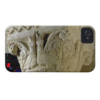 対称的に整理されたgrotに耐える柱頭 Case-Mate iPhone 4 ケース