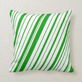 対角線のストライプな~の緑 クッション