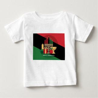 対角線ストライプで幸せなKwanzaa ベビーTシャツ