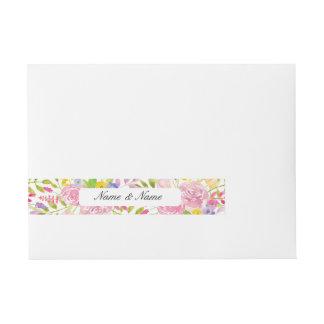 封筒の覆いの花の結婚式によってはピンクの葉が開花します ラップアラウンド宛名ラベル