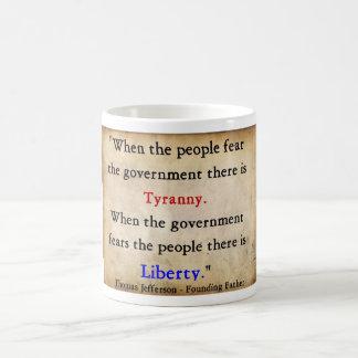 専制政治上の自由 コーヒーマグカップ