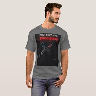 専門の蛭。 別名Phlebotomist. Tシャツ