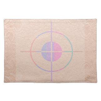 射撃演習: 絹輝きのエンボス ランチョンマット
