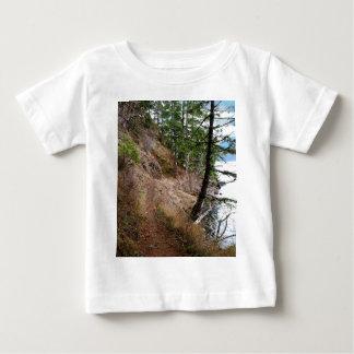 小ぎれいな鉄道道のオリンピック国立公園 ベビーTシャツ