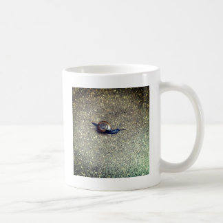 小さいかたつむり コーヒーマグカップ