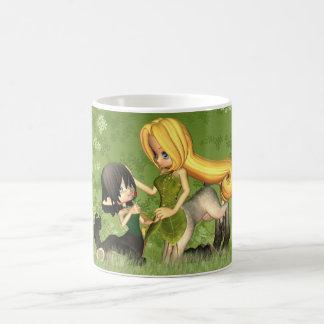 小さいケンタウルスおよび母が付いているかわいいケンタウルスのマグ コーヒーマグカップ