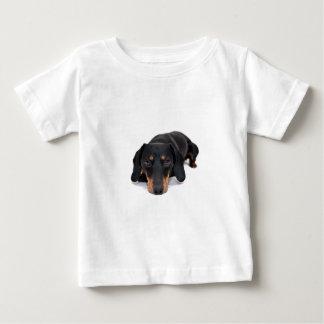 小さいダックスフント犬 ベビーTシャツ