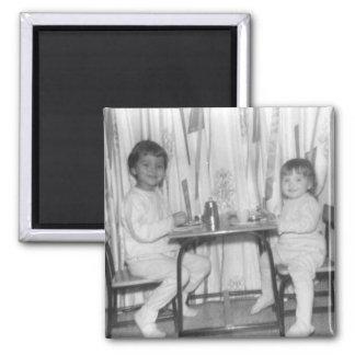 小さいテーブルのリンそしてlora マグネット